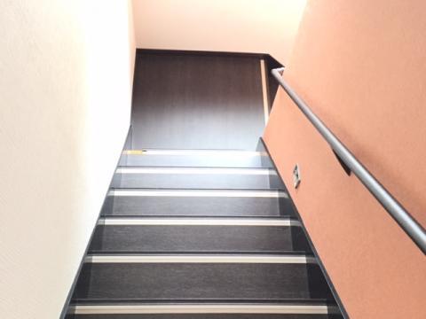 1470746057.jpg階段