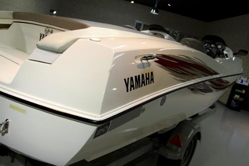 yamaha-ls6.jpg